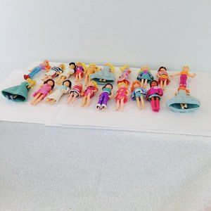 Lot of 20 Polly Pocket Dolls and Clothes